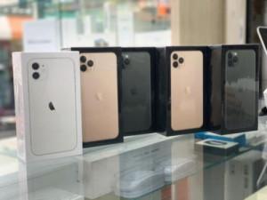 Para vender Apple iPhone 11 Pro Max (WhatsApp: - +1 (42...