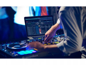 DJ PRODUCTOR MUSICAL