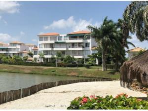 Laguna Club - Dos alcobas primer piso