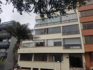 Arriendo apartamento santabárbara 210 mt2