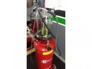 extractores de aceite para autos y motos