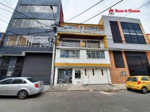 Comercial en  La Trinidad(Bogota) RAH CO: 21-1210