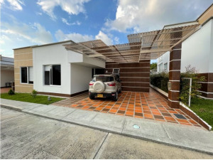 Se vende casa/Sector Avenida 19 Norte