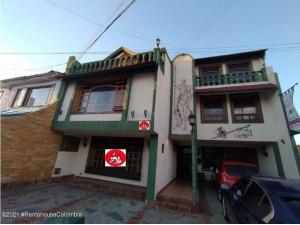 Vendo Casa hotel en Morato MLS 21-1522