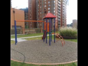 parques  infantiles metálicos