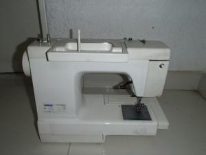 Maquina de coser Pfaff Hobby 303