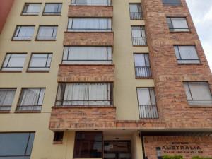 Arriendo apartamento en Mazuren 50 mt2